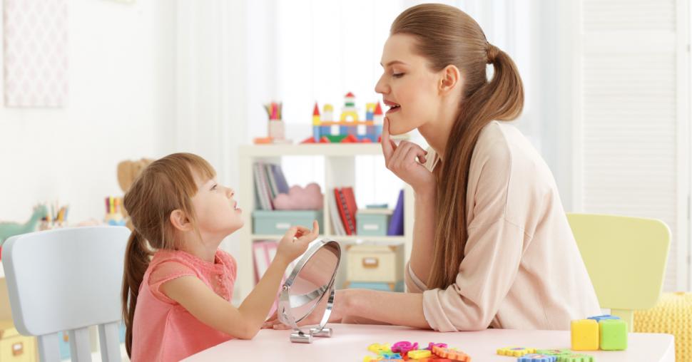 Mon enfant fait des erreurs de prononciation: dois-je m'inquiéter? - Blogue Orthophonie | La Haute Voltige